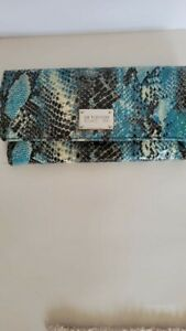 "Kenneth Cole Reaction Blue Clutch Purse Wallet Faux Snakeskin Leather 8.3"""