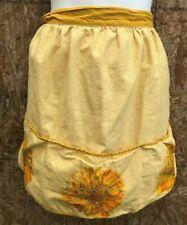VINTAGE APRON DESIGNER Vera neumann  mustard yellow FLOWERS   COLLECTABLE