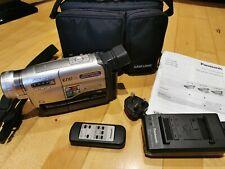 Cámara De Video Panasonic NV-RZ10 Vhs-c 250x Zoom Digital Vintage probado y de trabajo