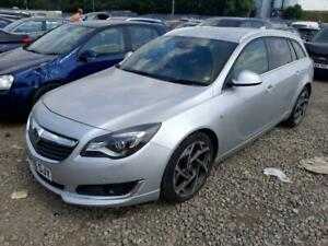BREAKING VAUXHALL INSIGNIA 2017 IN SILVER COLOUR