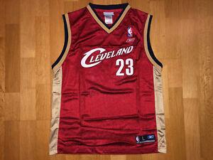 Vintage Lebron James Cleveland Boys LARGE Champion NBA Jersey shirt shorts N422