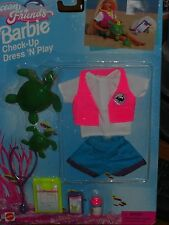 1996 OCEAN FRIENDS BARBIE CHECK-UP DRESS 'N PLAY TURTLE FASHION SET #67508