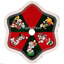 New Disney World Parks Santa Mickey Mouse and Friends Christmas Tree Skirt RARE