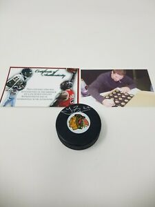 Troy Brouwer Chicago Blackhawks SIGNED Autographed puck W/ Photo proof