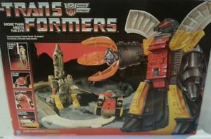 Takara Tomy Transformers G1 Encore 09 Omega Supreme 1980's Vintage Shape Mint**