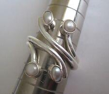 925 plata esterlina sólida Envolvente Redondo Anillo De Perla Talla O, inusual