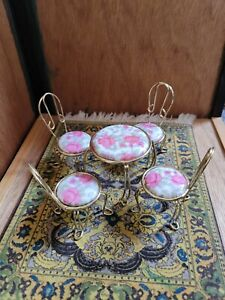 VINTAGE DOLLHOUSE PORCELAIN TOP AND WIRE TABLE AND CHAIRS