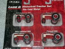 ERTL 1/64 IH INTERNATIONAL HARVESTER 460 AND 560  TRACTOR SET