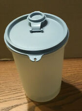 Tupperware 321-14 Handolier Sheer Container with blue 563-16 Lid and Cap, 1 qt.