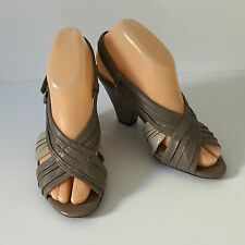 'NATURALIZER' EC SIZE '6.5W' 2 TONED TAUPE LEATHER PEEP TOE SLINGBACK SANDAL