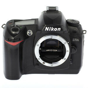 NIKON D70s DSLR Digital Camera w/ Battery and Charger - MINT Condition