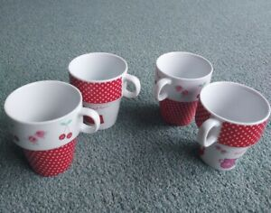 Set Of Four Cups
