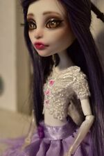 Monster High Repaint Ooak Spectra Vondergeist