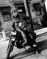 Brando, Marlon (16581) 8x10 Photo