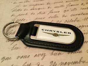 CHRYSLER PRINTED WHITE LEATHER KEY RING FOB 300C PT CROSSFIRE VOYAGER