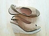 Wedges Shoes sandals Size 6 rope espadrilles Lovely Condition.