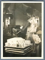 Madagascar, Huilerie, Marquage des savons  Vintage print.  Tirage argentique