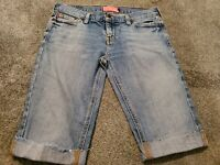 Women's Hollister Cut Off Bermuda Faded Wash Stretch Blue Jean Shorts Size 5