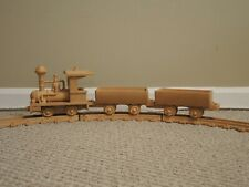 "LIONEL ""WOOD"" TRAIN MT Clemens MICH. ENGINE, 2 Cars & Round Track 48043"