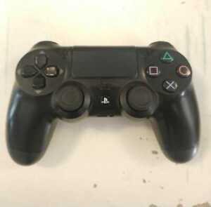 Dualshock 4 V1 Official Sony Black Used!