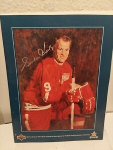 Gordie Howe Signed  1993 Upper Deck 65th Birthday Program NHL WHA R