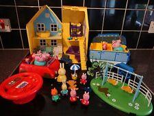 Peppa Pig Deluxe Family RC coche caravanas columpios 14 House Vacaciones Figuras de Juego