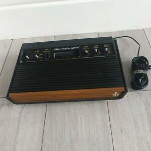 Atari 2600 woody console Only untested