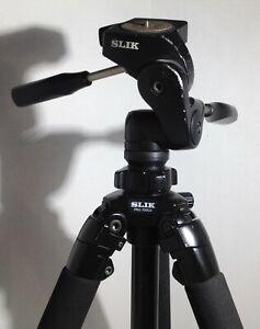 SLIK Pro 700 DX Tripod with 700DX 3-Way  Pan & Tilt Head