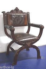 Antiker Scherenstuhl Armlehnstuhl um 1870 handgeschnitzt Holz Leder Ornamentik