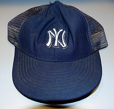 1fb781e08 New York Yankees 1980's Snapback Baseball Hat - Official MLB Small -  Excellent!