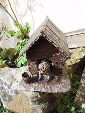 Rare cave à cigare en bois FORET NOIRE représentant une niche à chien époque XIX