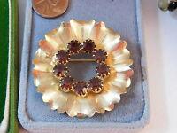 Vintage Gold tone Flower Round Wreath Pin Golden Topaz Rhinestone Brooch 9g 40