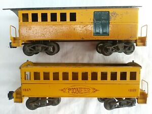 VTG. THOMAS INDUSTRIES O GAUGE TINPLATE PASSENGER CARS, COACH & COMBINE