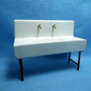 Dollhouse Miniature Porcelain 1920's Kitchen Sink D6268