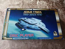 Deep Space Nine Disc Player - Star Trek Defiant 100% complete
