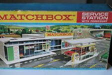 MATCHBOX * MG1 SERVICE STATION WITH FORECOURT * MINT & OVP