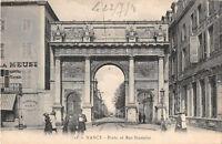 CPA  54 - NANCY - Porte et rue Stanislas