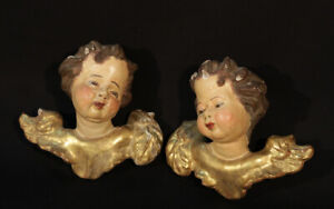Paire d'anges en bois doré et bois peint XVIIIe / Pair of angels in gilded wood