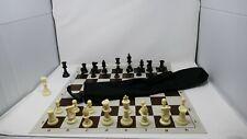 Astuccio con scacchi e scacchiera - Set Scacchi