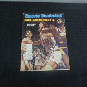 May 23, 1977 Bill Walton Portland Trail Blazers Autograph Sports Illustrated