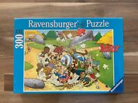 Puzzle Asterix. La folle bagarre. Ravensburger.300 pièces.