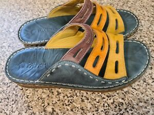 PAVERS VGC  - SIZE 7 (40) - LEATHER - SLIP ON SANDALS