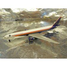 ** Herpa Wings 506496 East Midlands Airport Boeing 777-300 1:500 Scale