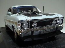 FORD FALCON XW GTHO 1:24  LIMITED EDITION 1 OF 2500 OZ LEGENDS DIAMOND WHITE