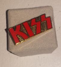 Kiss: 1970's red logo pin