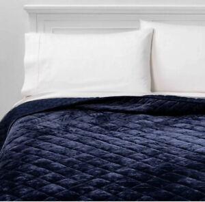 Threshold Navy Blue Diamond Stitch Velvet Quilt    FULL / QUEEN Nwot