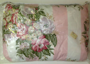ADRIENNE VITTADINI Breakfast Pillow Portico Rose New In Package 16 x 20 NWT