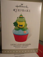 Hallmark 2015 LUCKY LEAP-RECHAUN Cupcake Monthly 8th 8 Series Ornament NEW frog
