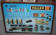 FALLER 2573. MOBILIARIO URBANO. ESCALA N. NUEVO.