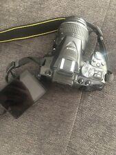 Nikon d5300 24.2 MP KIT con AF-S DX 18-55 VR Lente-Nero